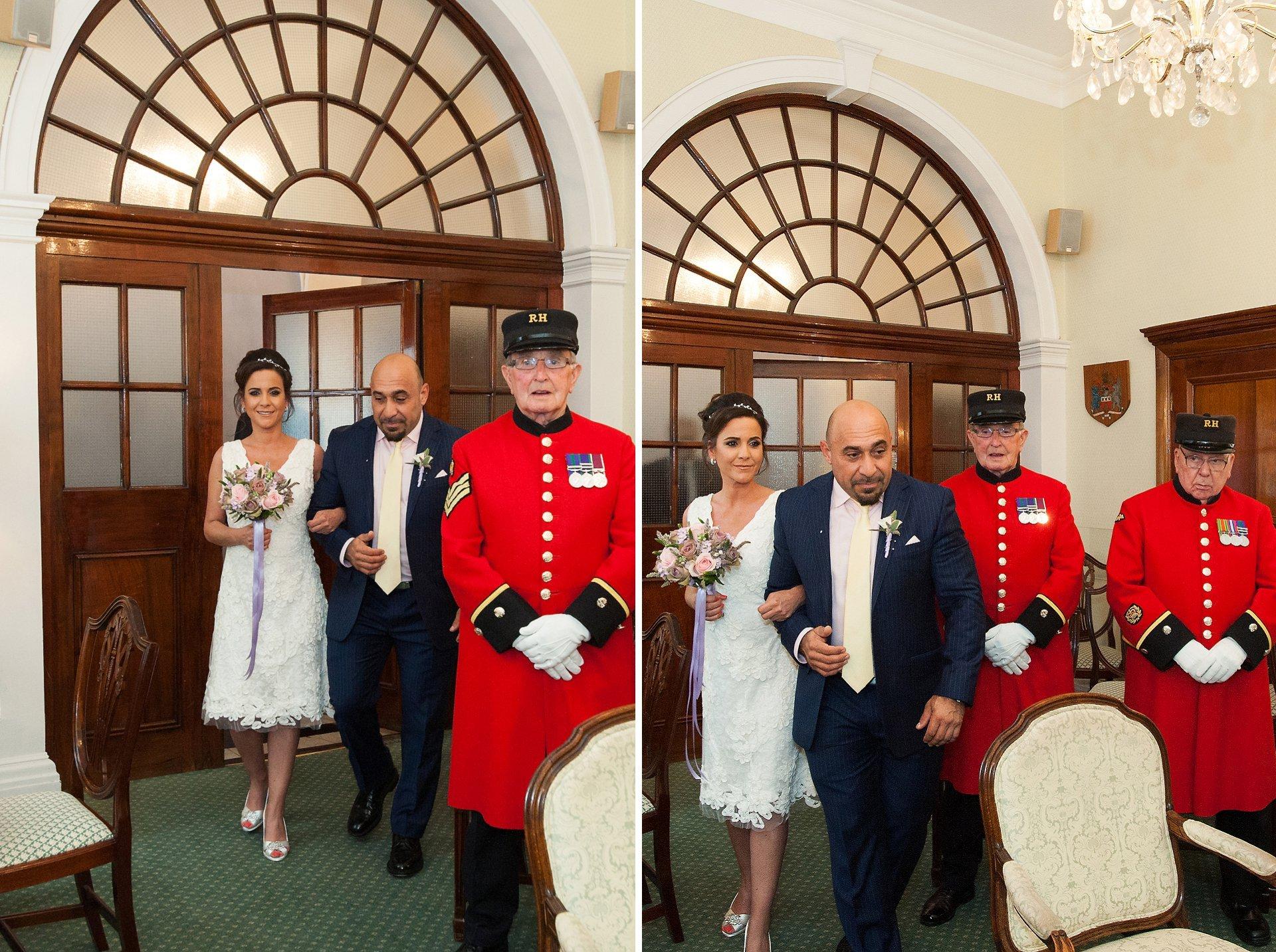 Bride & groom enter the Rossetti Room in Chelsea Registry Office