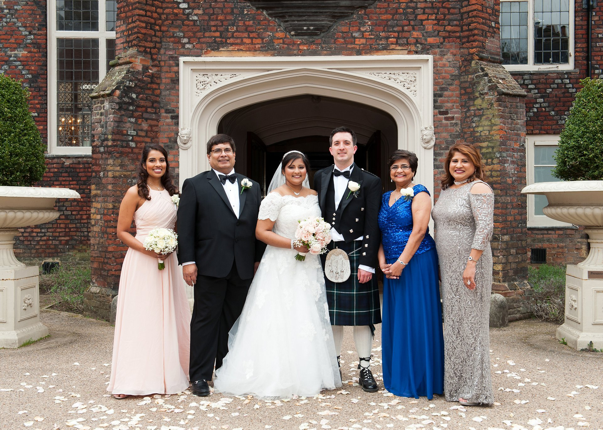Group photography int he courtyard of Fulham Palace