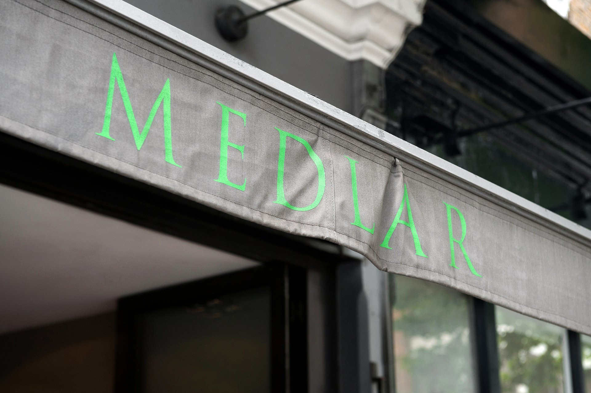 Chelsea private dining room on the King's Road for small wedding receptions, corporate dinners, wine flights and tastings, anniversaries, birthday parties and christenings. Medlar restaurant has rave reviews and very loyal customers