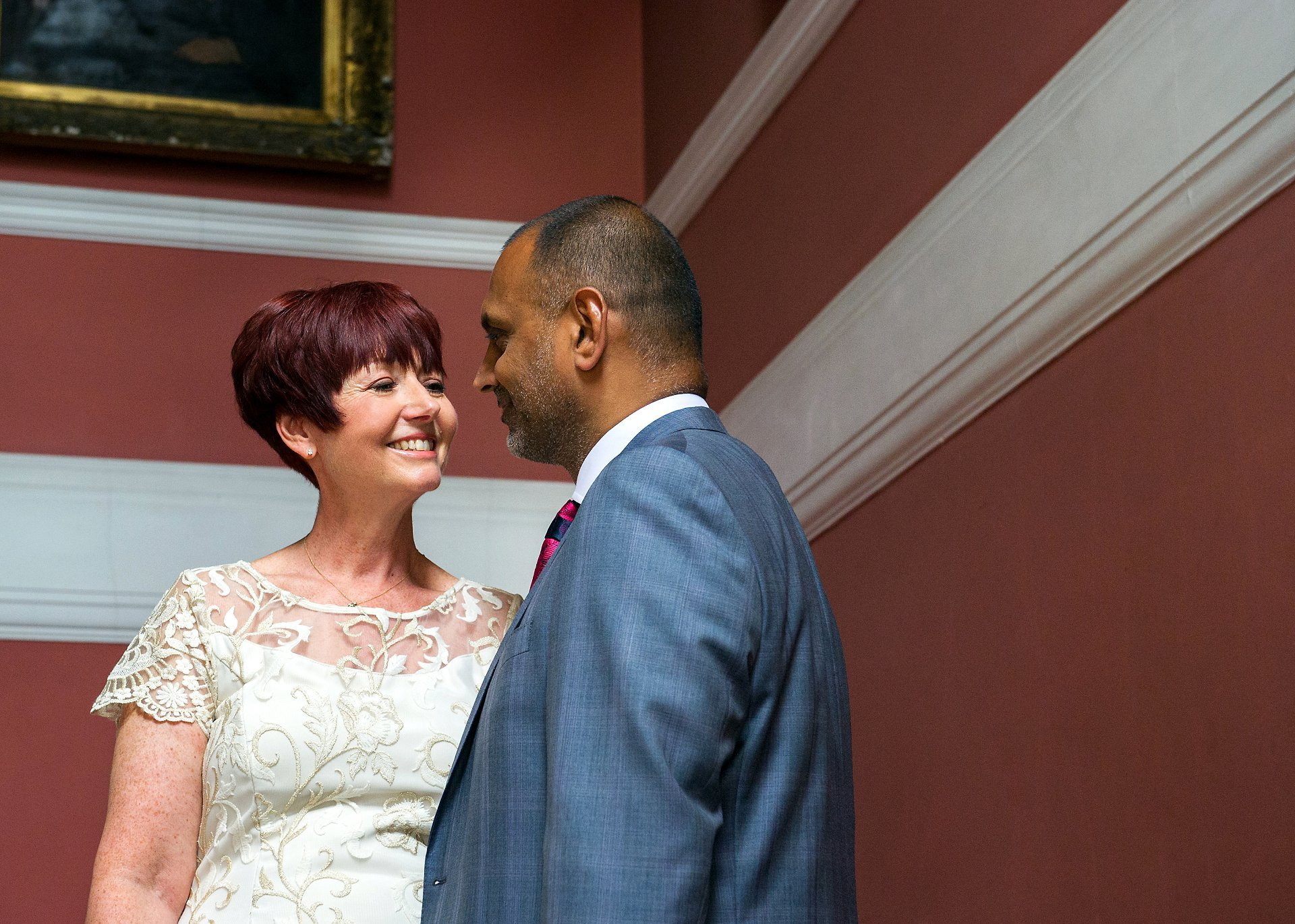 Chelsea Register Office wedding photogrpaher Emma Duggan Photography specialises in registry office weddings and Kensington & Chelsea Register Office otherwise known as Chelsea Old Town Hall is a favourite