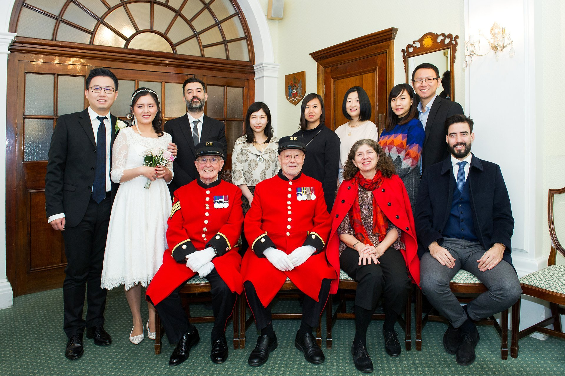 chelsea pensioners rossetti room ceremony with bride and groom and their guests