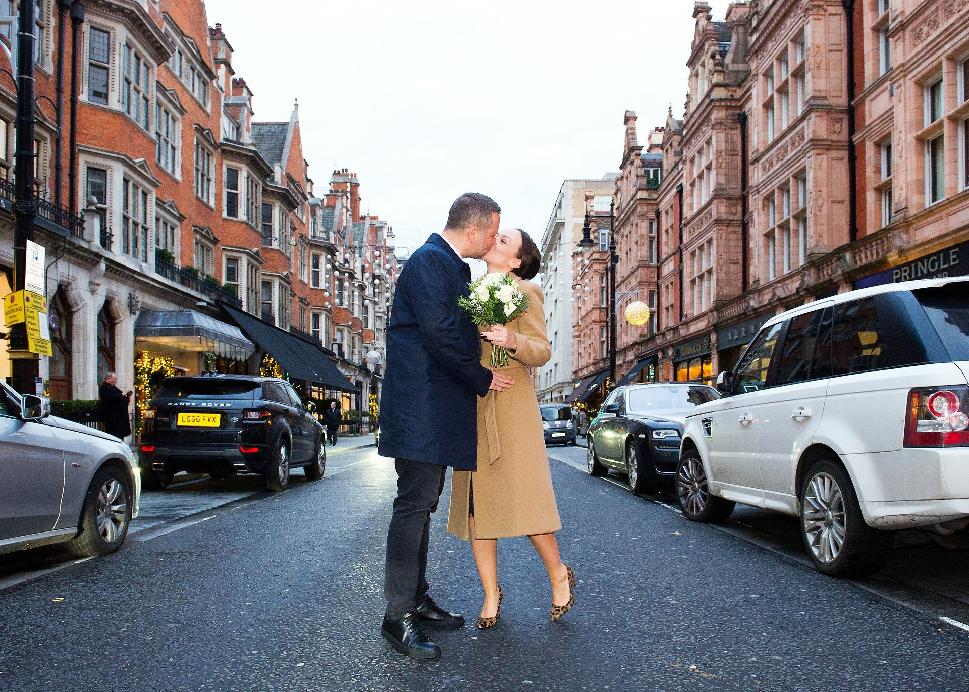 london elopement wedding photographer with just two witnesses