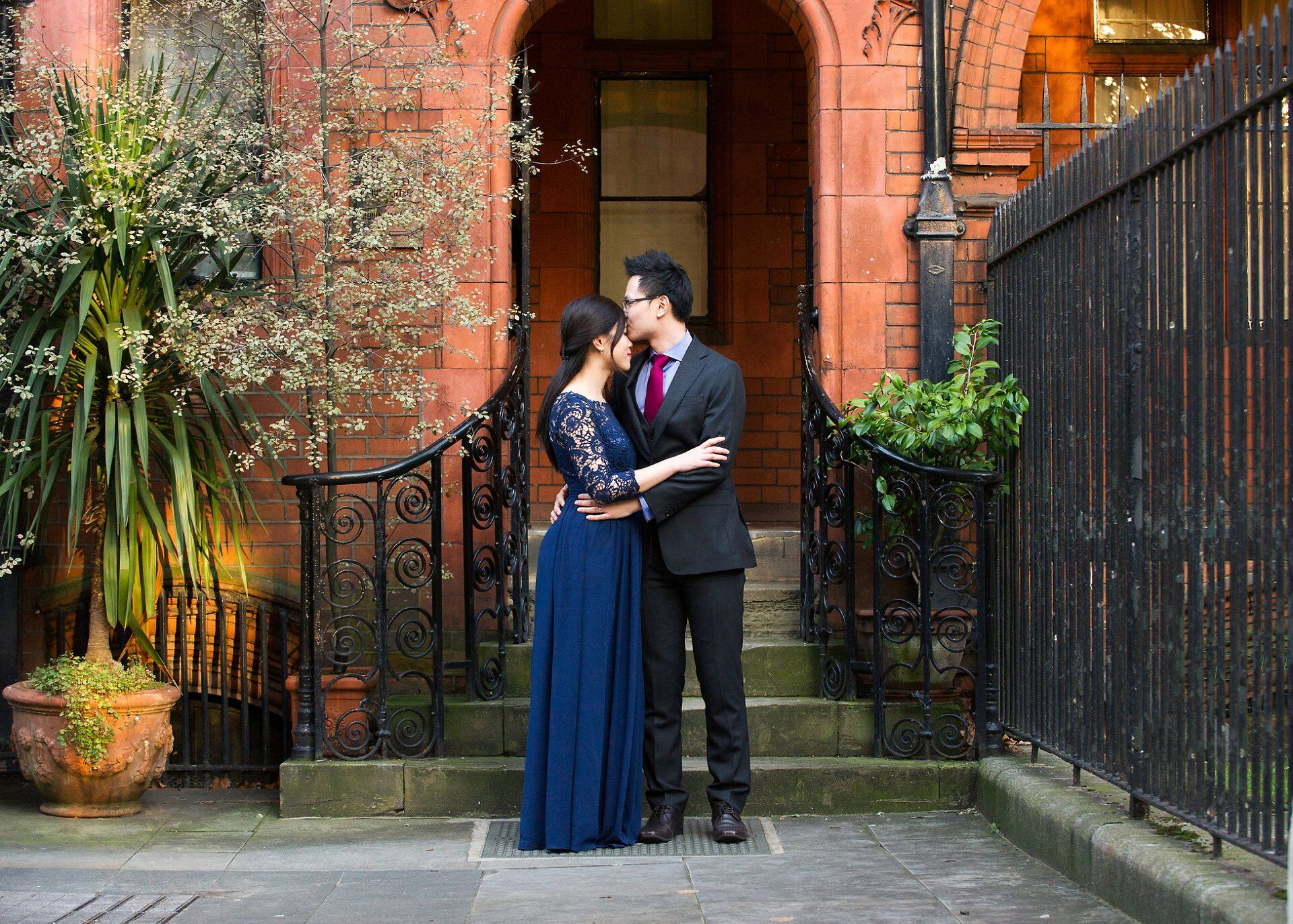 a bride and groom share a quiet moment by westminster register office wedding photographer emma duggan