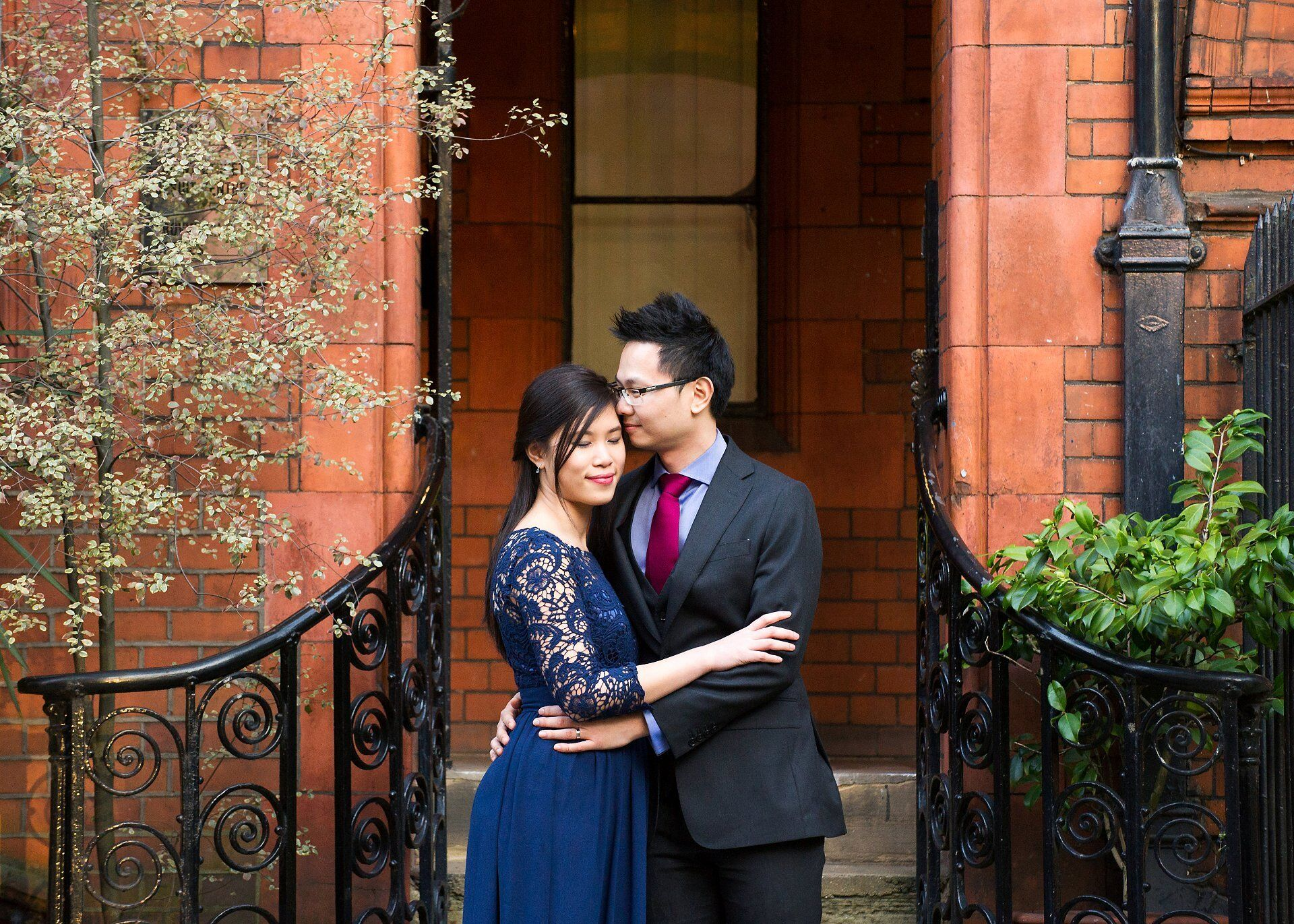 mayfair library wedding photographer captures a quiet moment just after the wedding