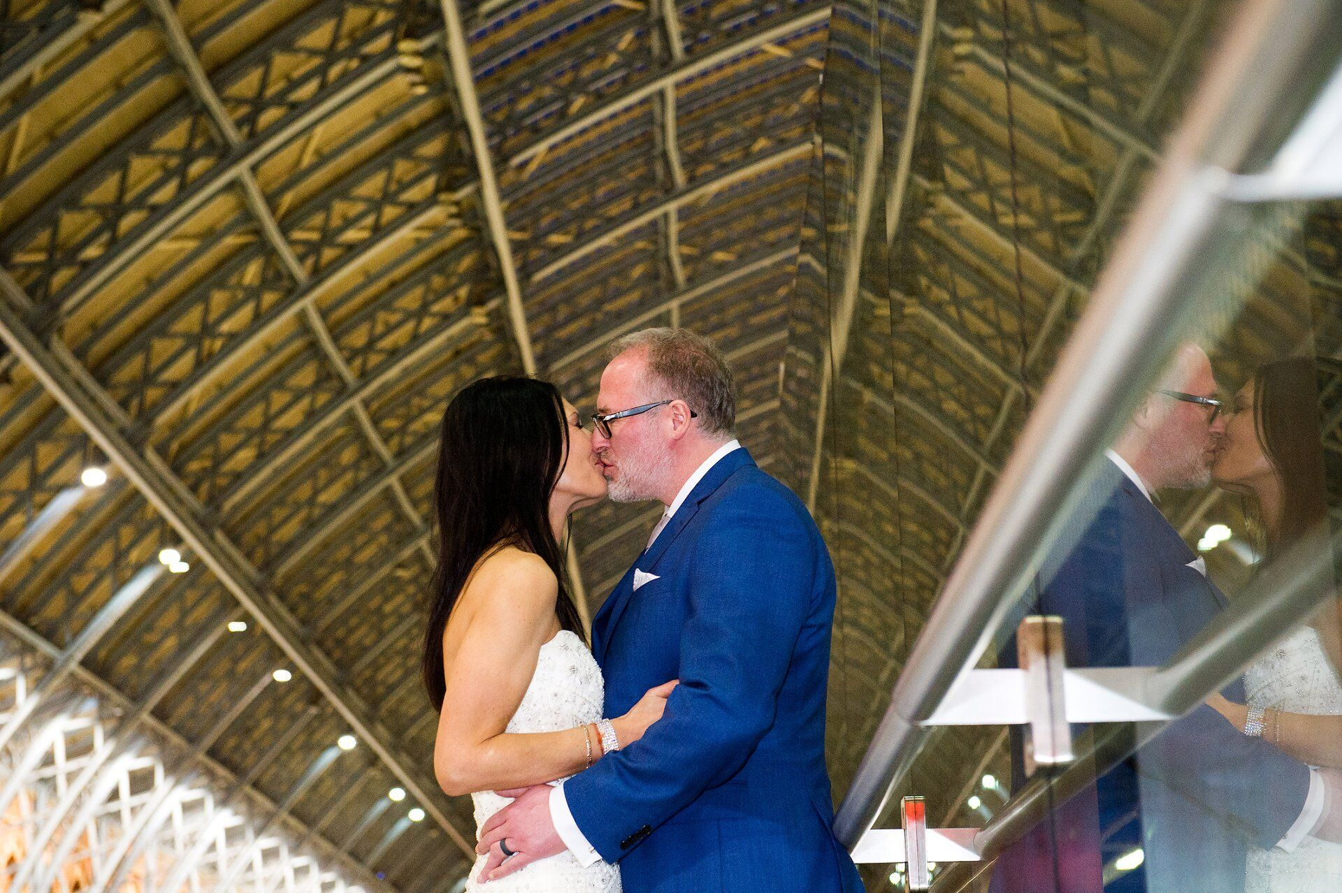 st pancras international wedding photographer a bride and groom after late winter wedding in chelsea