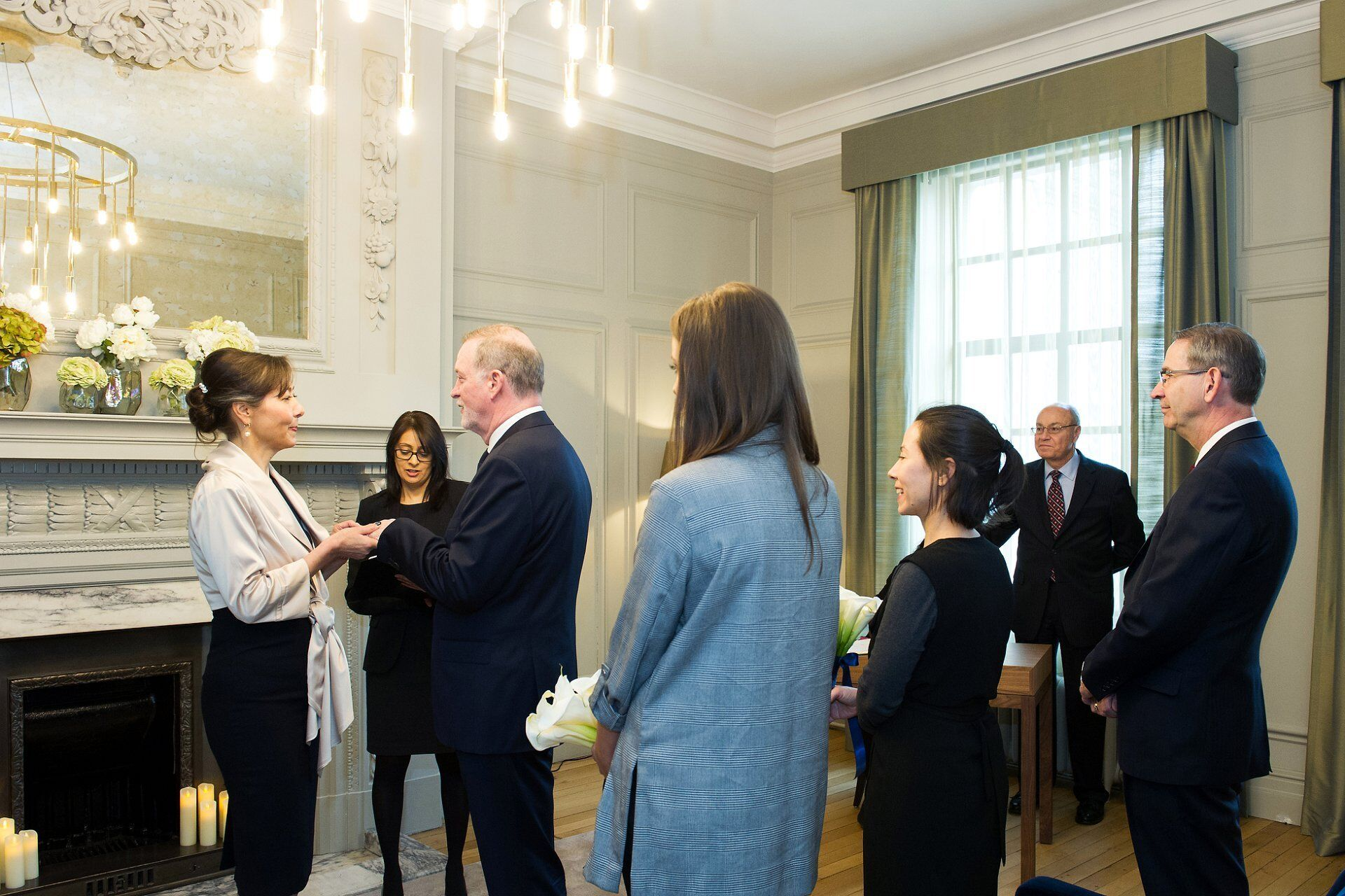 civil ceremony in the soho room wedding photographer old marylebone town hall (emma duggan)