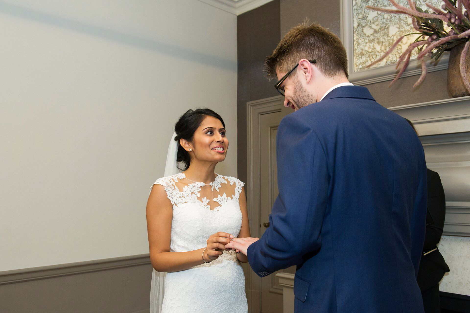 london elopement photographer at old marylebone town hall