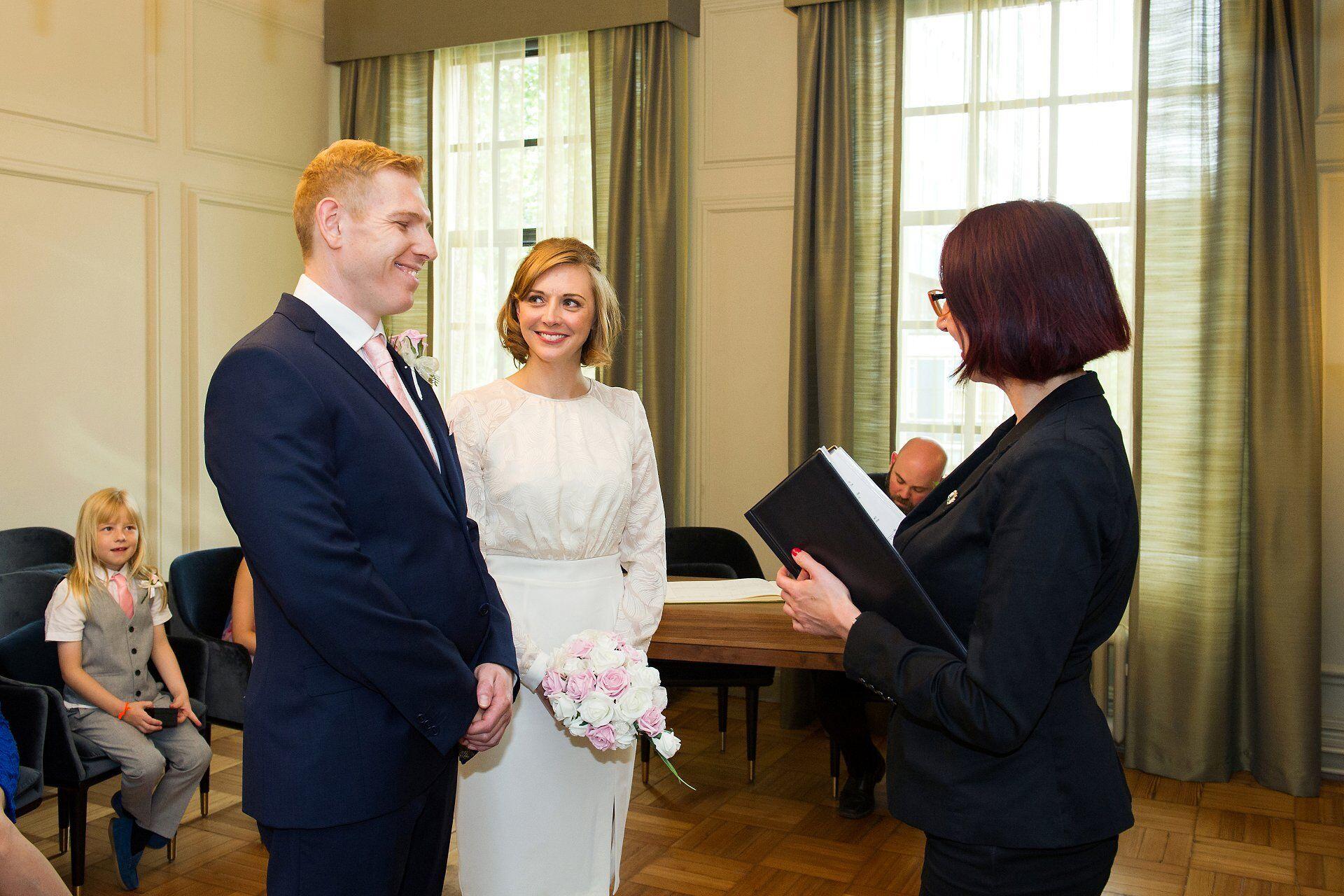 jewish civil wedding ceremony at old marylebone town hall