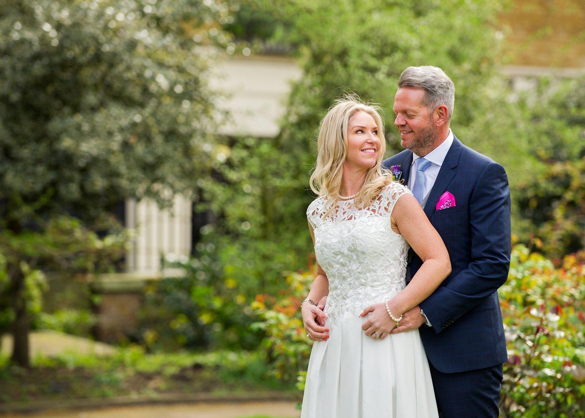 bride and groom spring wedding in st lukes garden chelsea