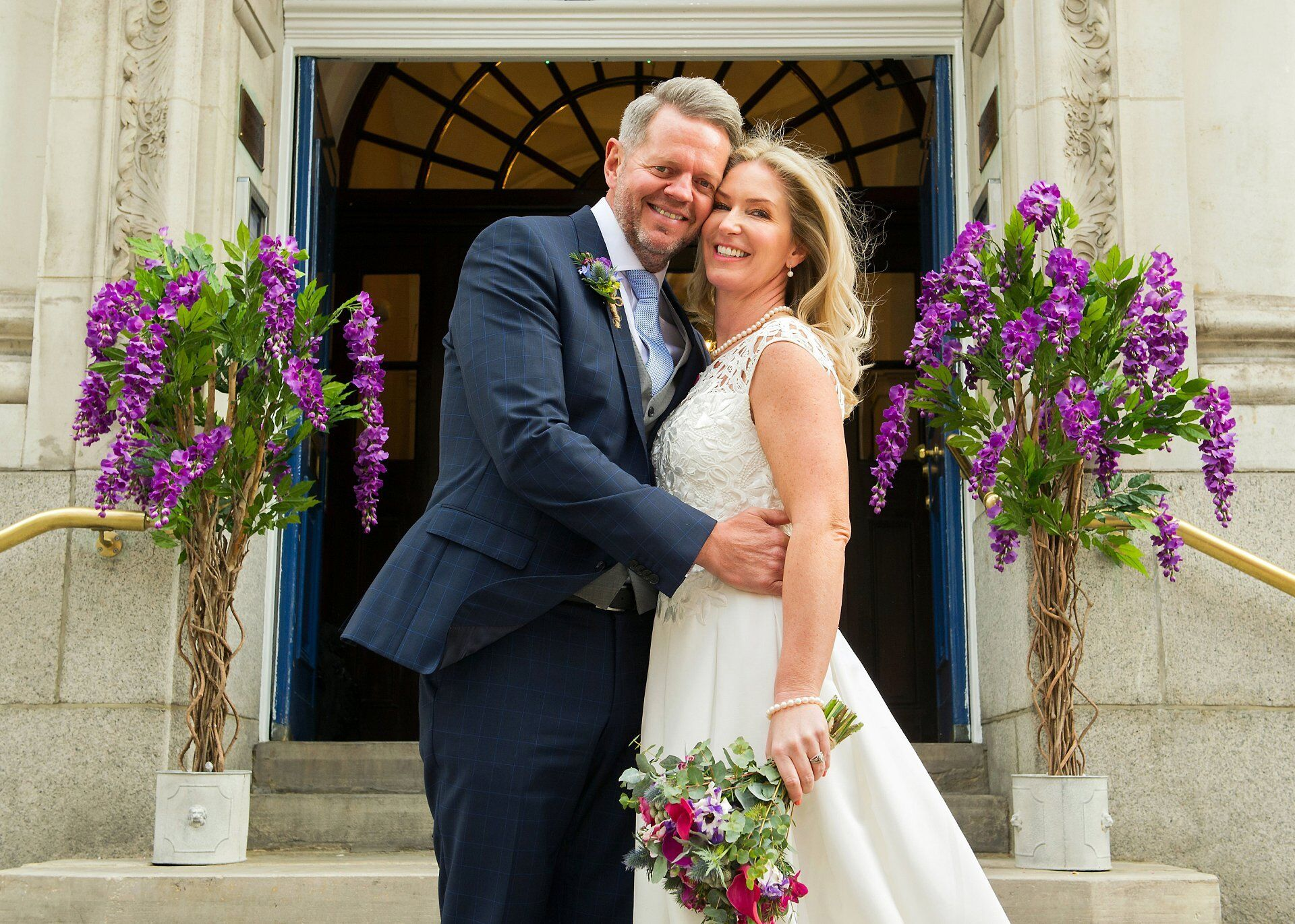 chelsea old town hall reopening in spring 2019 by experienced specialist chelsea register office wedding photographer emma duggan