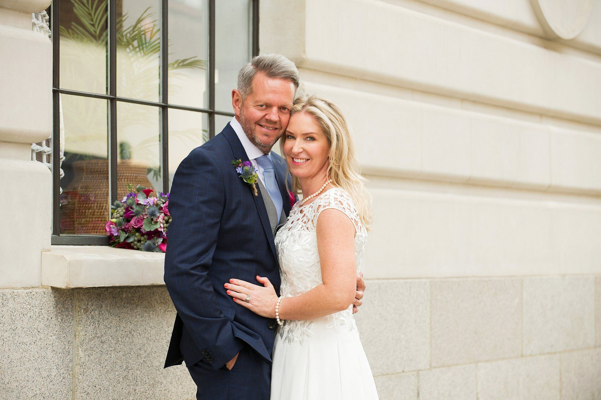 chelsea register office wedding photography with couple photos taken in opposite chelse manor street