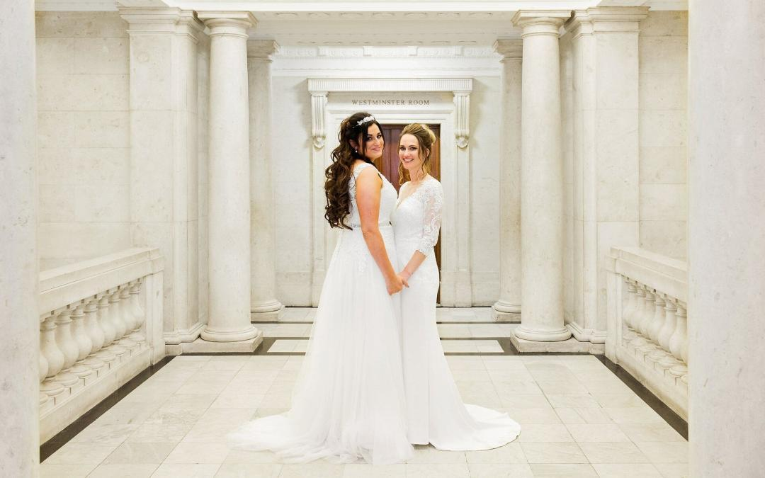 westminster room wedding photography at marylebone registry office by specialist photographer emma duggan (coronavirus social distancing wedding venue)